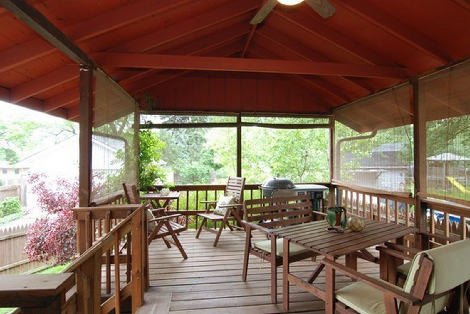 Real Estate Photography - 4244 N Lindley St, Downers Grove, IL, 60515 - Covered Back Patio