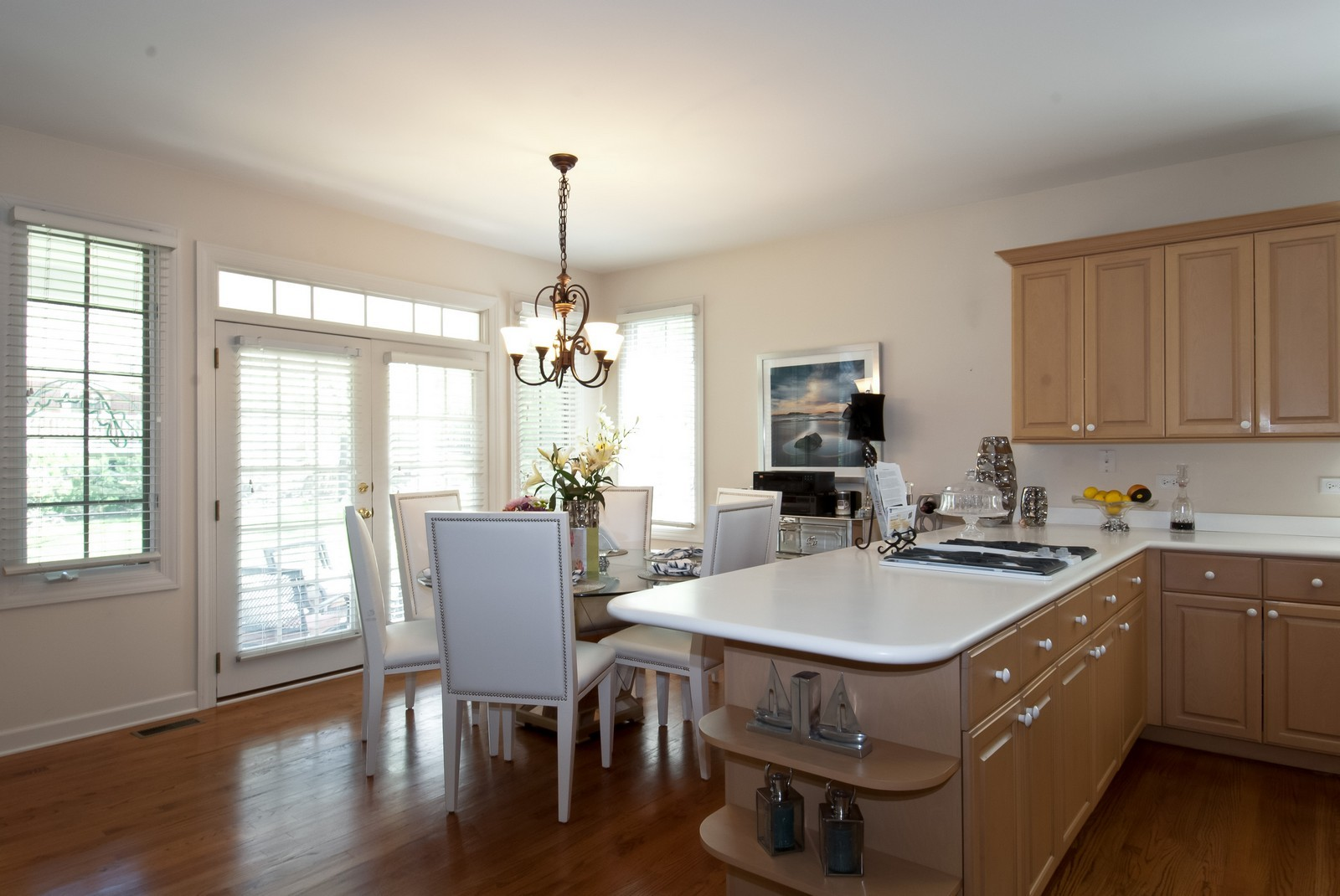 Real Estate Photography - 37 Graystone Ln, North Barrington, IL, 60010 - Kitchen / Breakfast Room