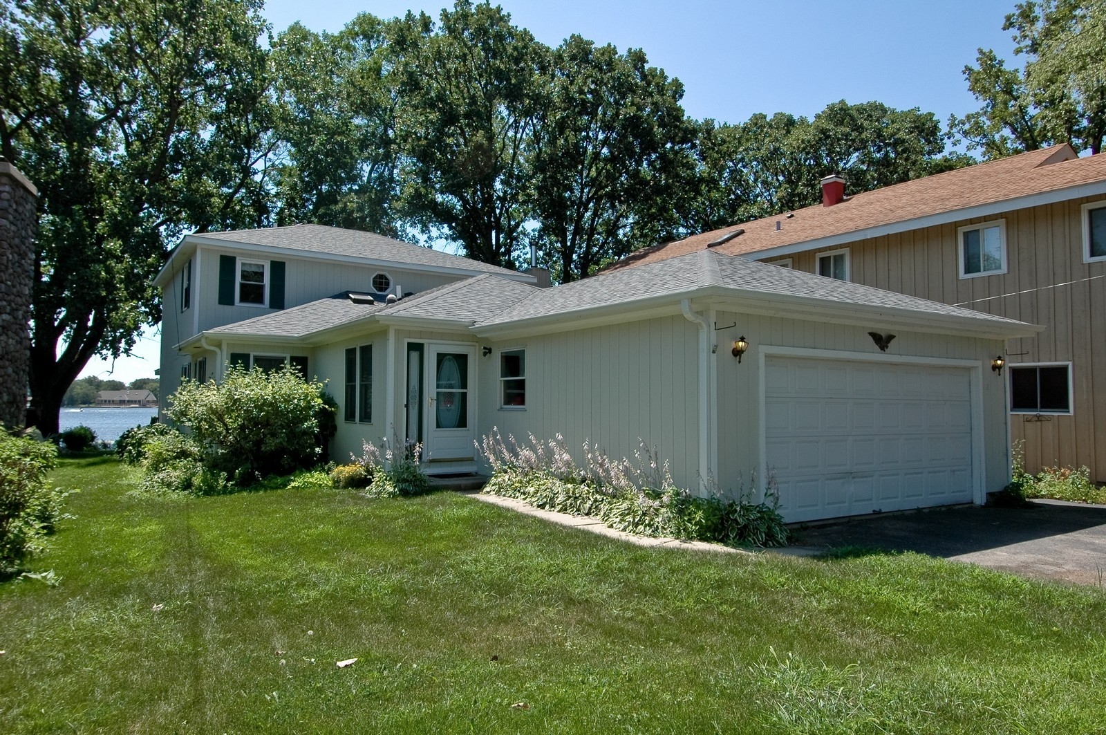 Real Estate Photography - 139 Edgewater Dr, Crystal Lake, IL, 60014 - Front View