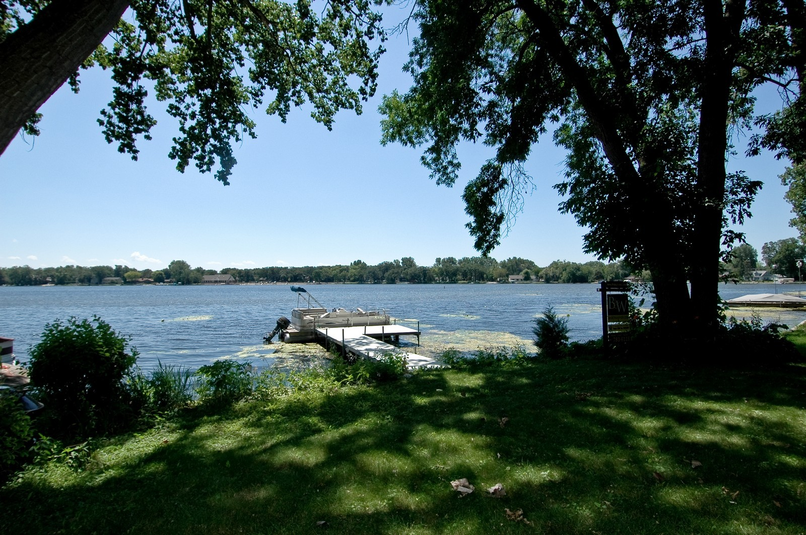 Real Estate Photography - 139 Edgewater Dr, Crystal Lake, IL, 60014 - Lake View
