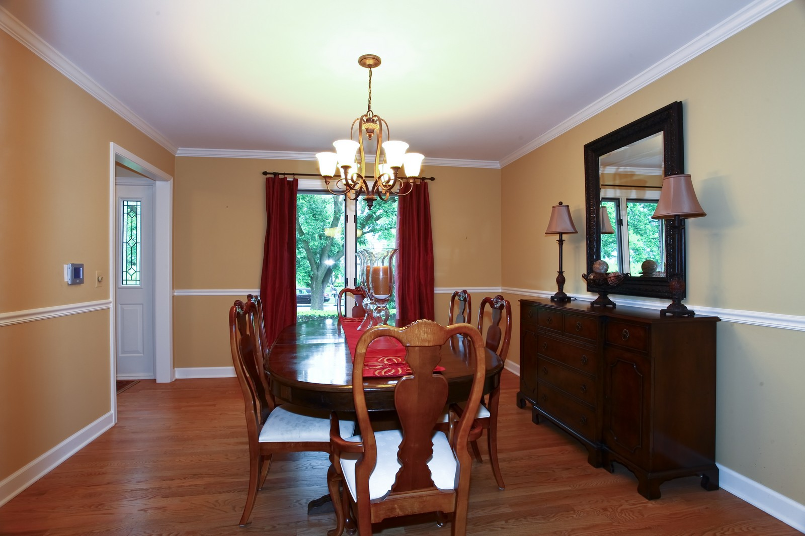 Real Estate Photography - 1018 Thunderbird Ln, Naperville, IL, 60563 - Dining Room