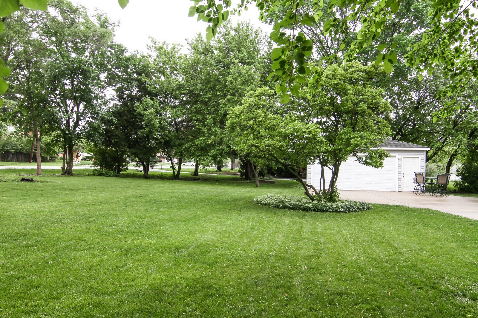 Real Estate Photography - 4701 Cumnor Rd, Downers Grove, IL, 60515 - Rear View