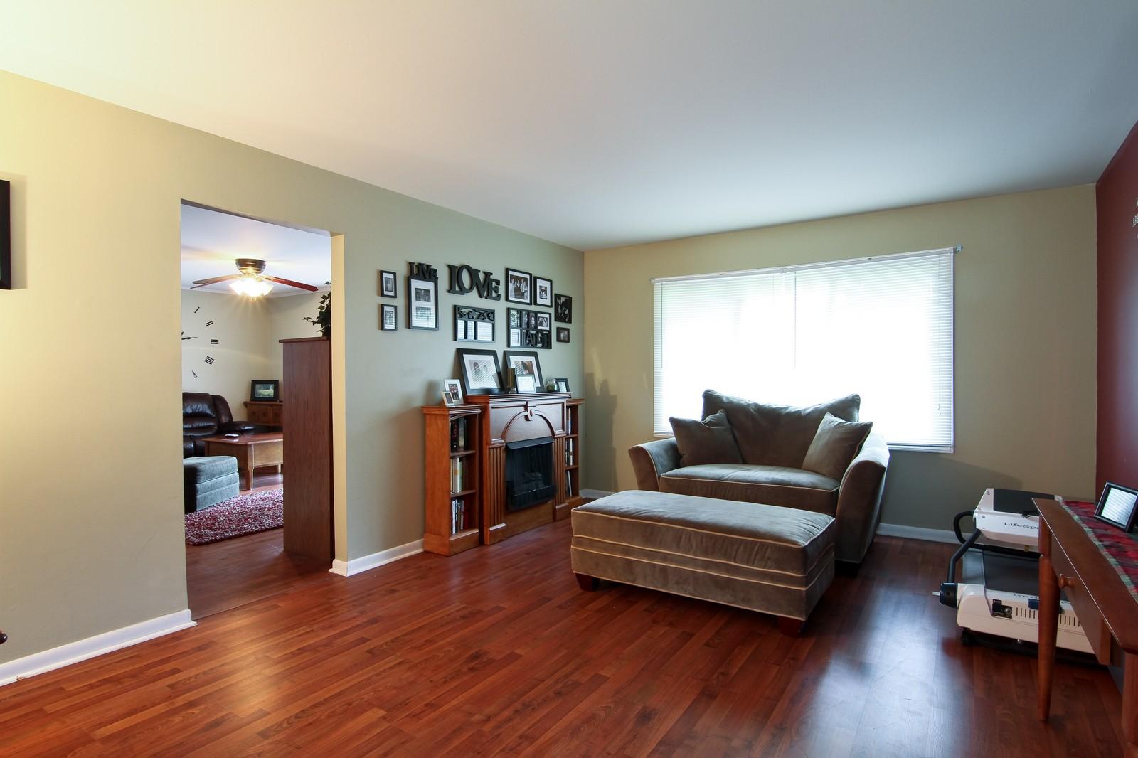 Real Estate Photography - 6104 Ridgeway, Woodridge, IL, 60517 - Living Room