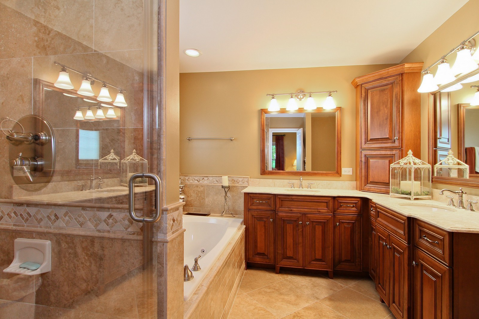 Real Estate Photography - 4915 Stanley Ave, Downers Grove, IL, 60515 - Master Bathroom
