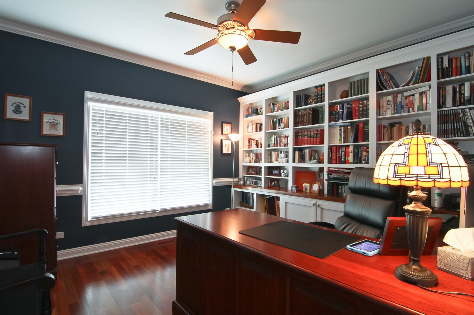 Real Estate Photography - 4915 Stanley Ave, Downers Grove, IL, 60515 - Den