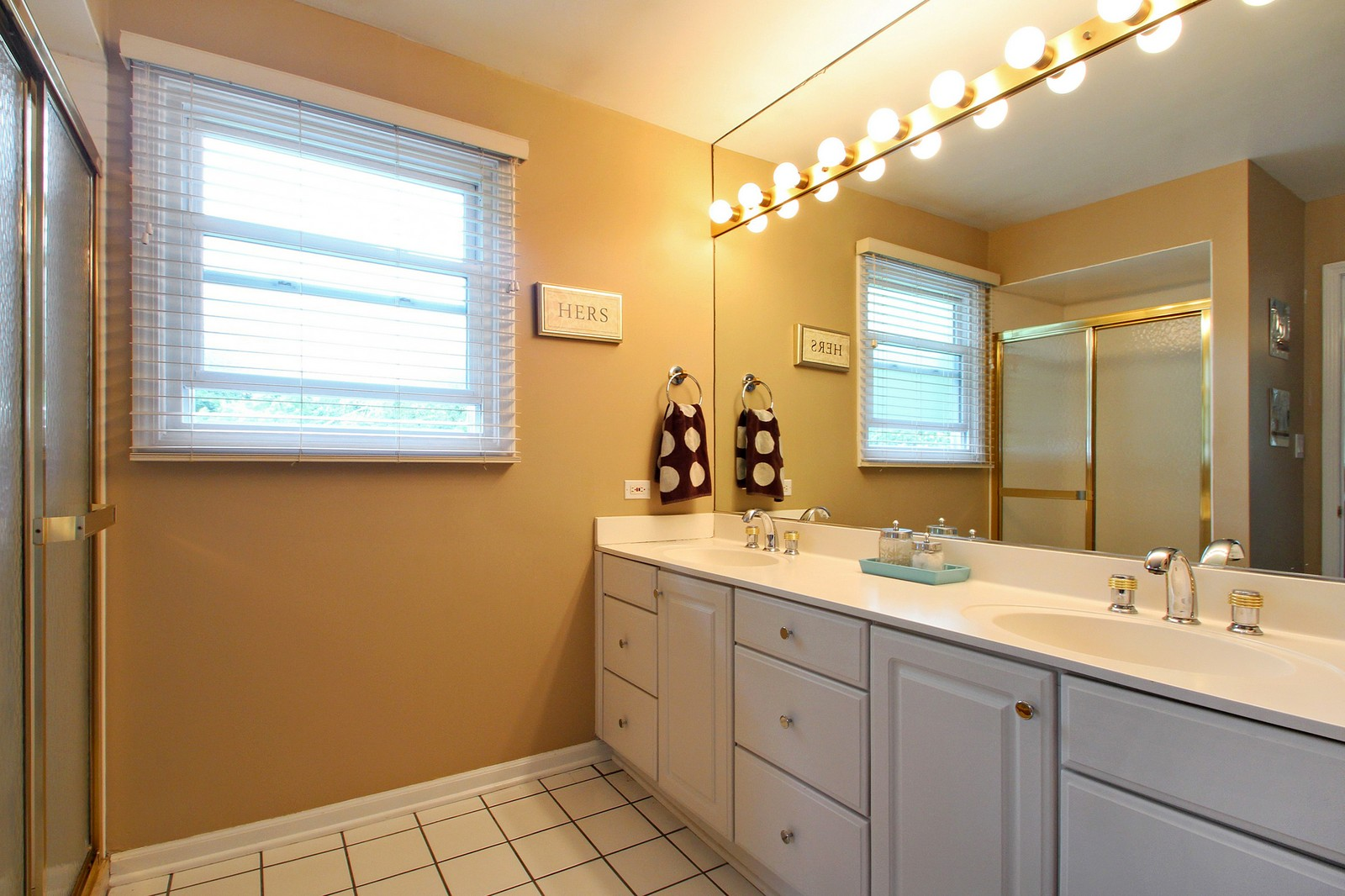 Real Estate Photography - 1040 62nd Pl, Downers Grove, IL, 60516 - Master Bathroom