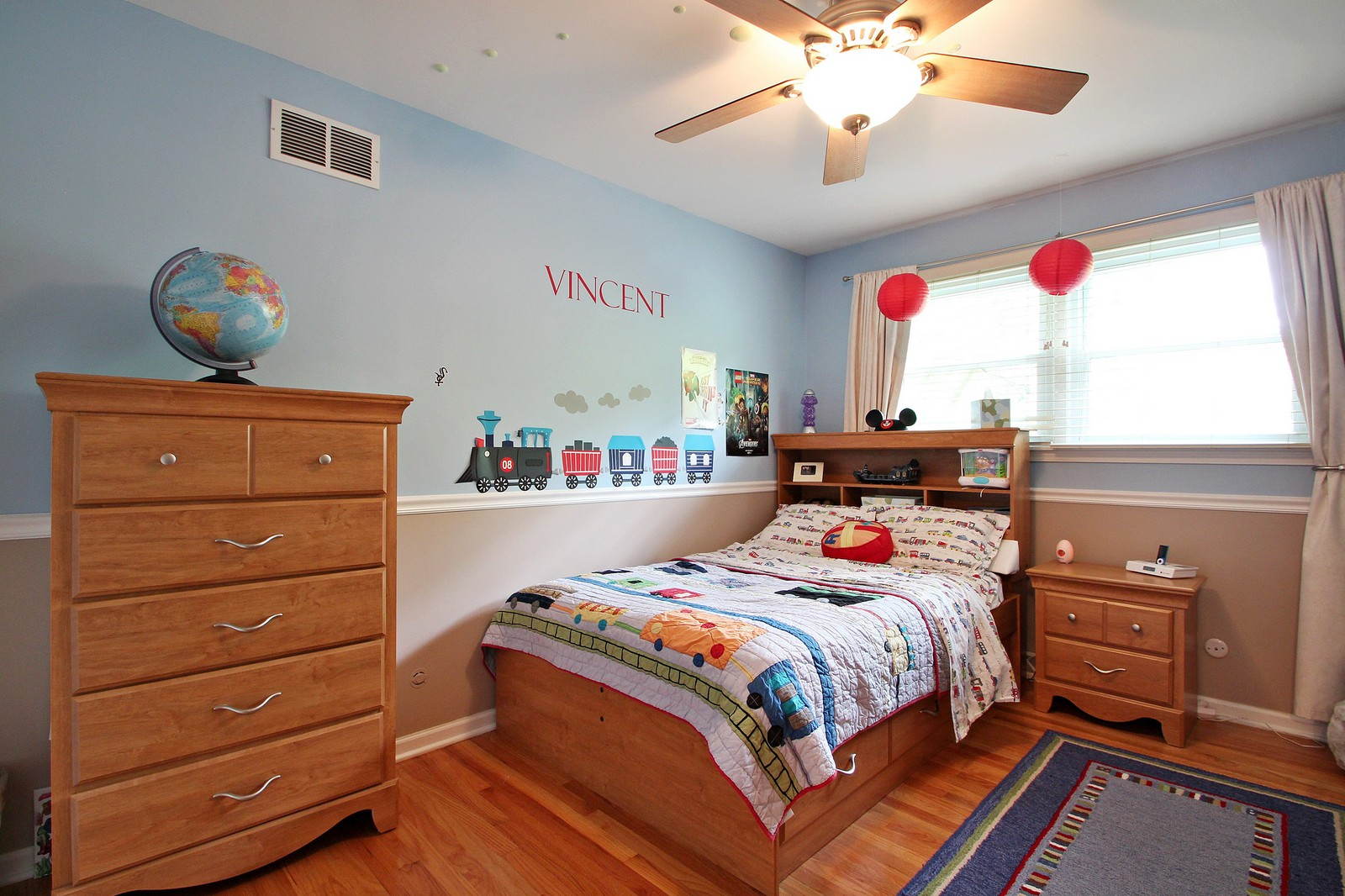 Real Estate Photography - 1040 62nd Pl, Downers Grove, IL, 60516 - 3rd Bedroom