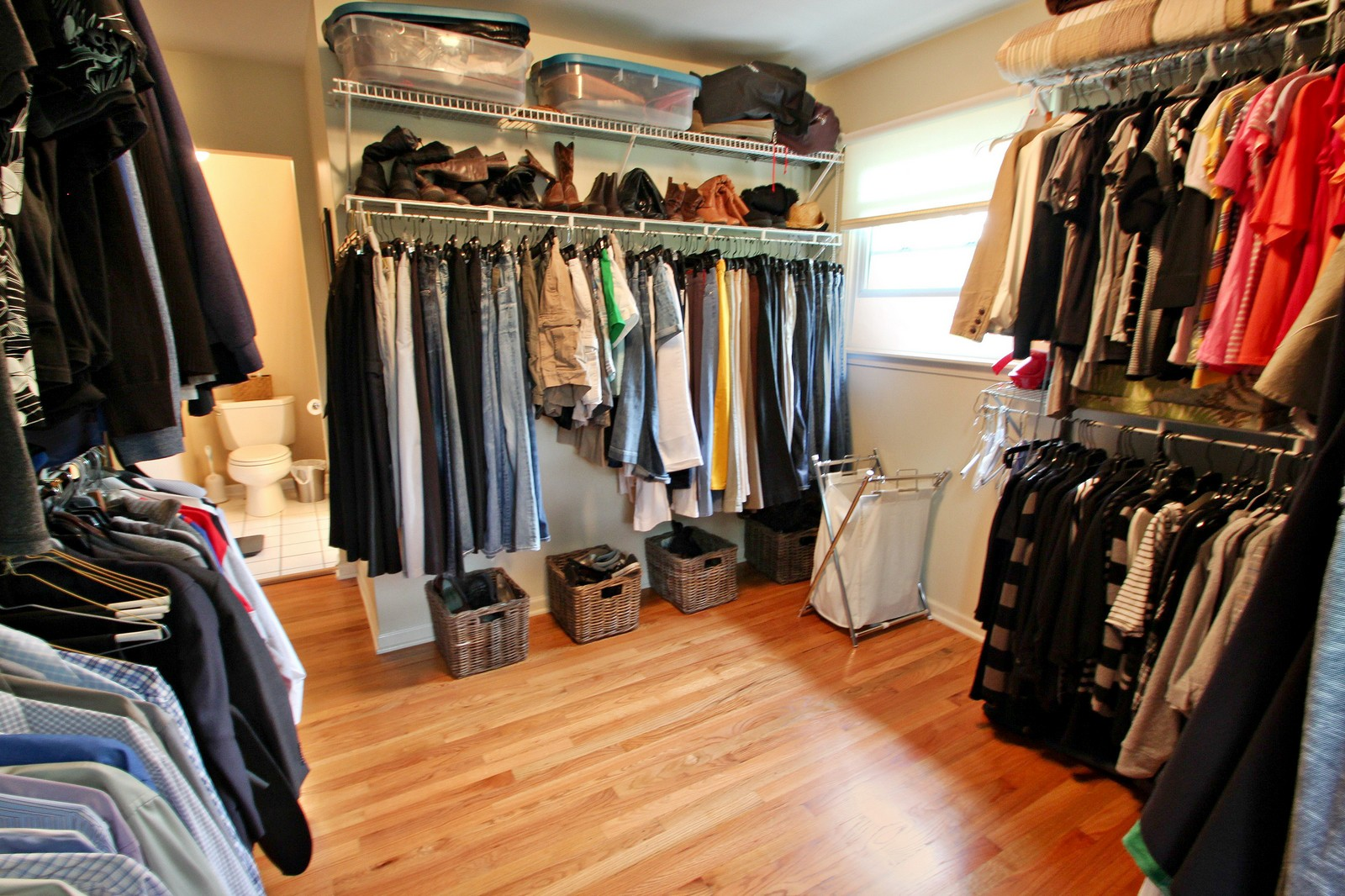 Real Estate Photography - 1040 62nd Pl, Downers Grove, IL, 60516 - Closet