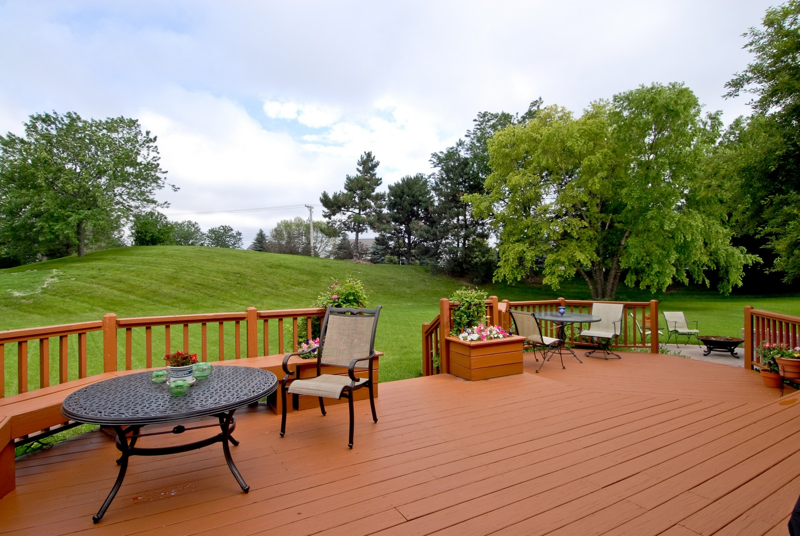 Real Estate Photography - 3942 Broadmoor Circle, Naperville, IL, 60564 - Back Yard