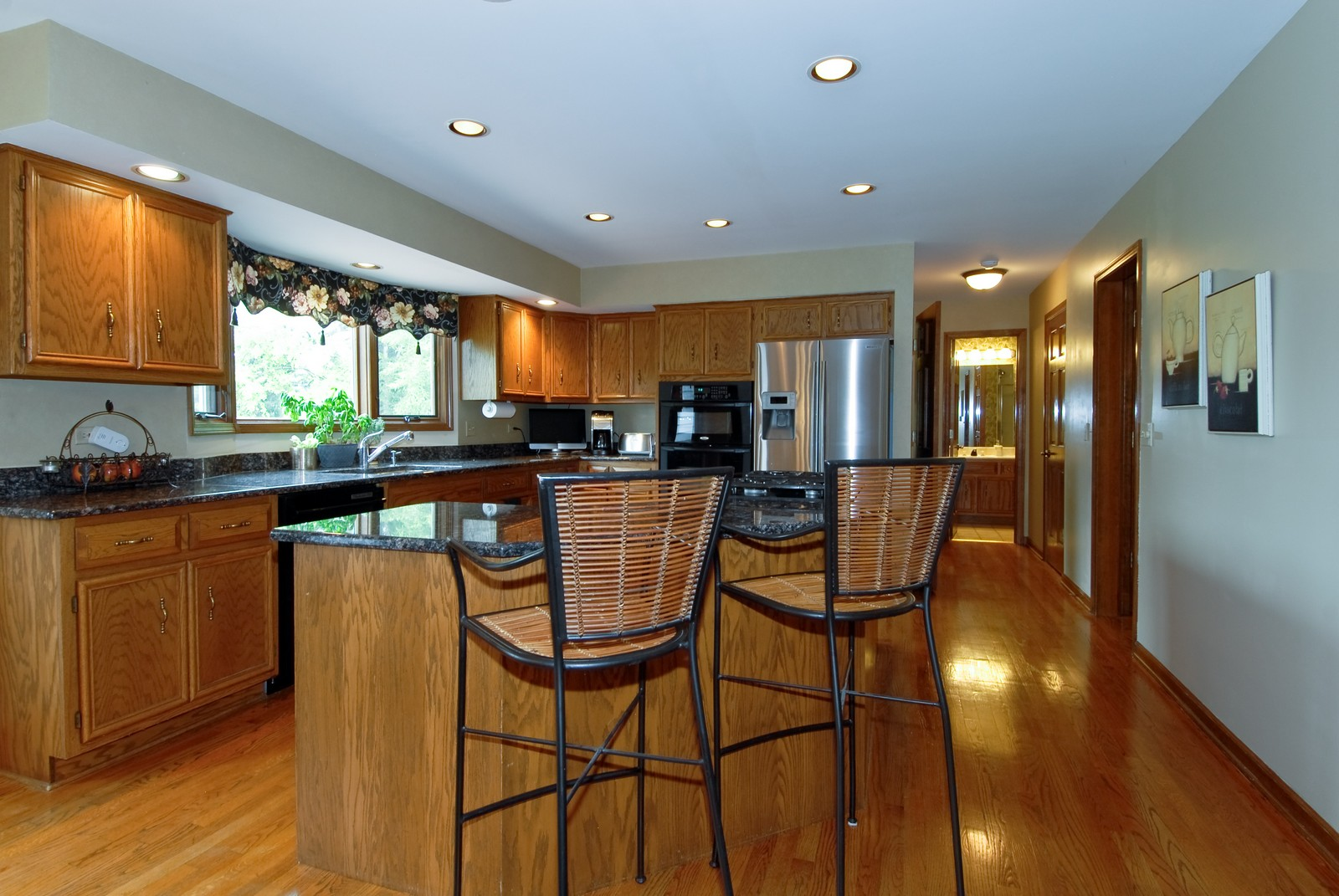 Real Estate Photography - 3942 Broadmoor Circle, Naperville, IL, 60564 - Kitchen