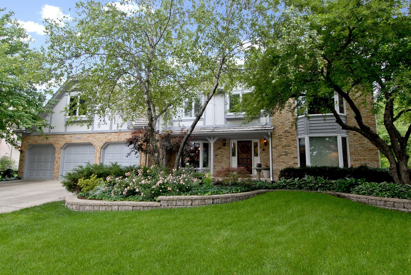 Real Estate Photography - 3942 Broadmoor Circle, Naperville, IL, 60564 - Front View