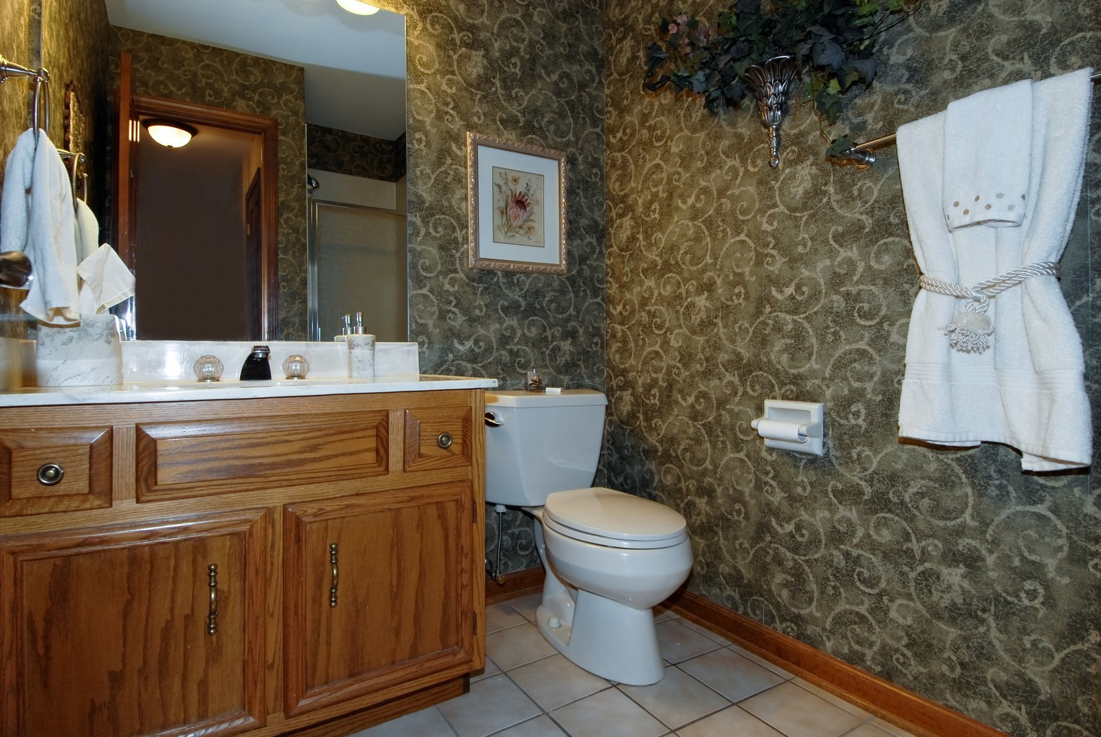 Real Estate Photography - 3942 Broadmoor Circle, Naperville, IL, 60564 - Bathroom