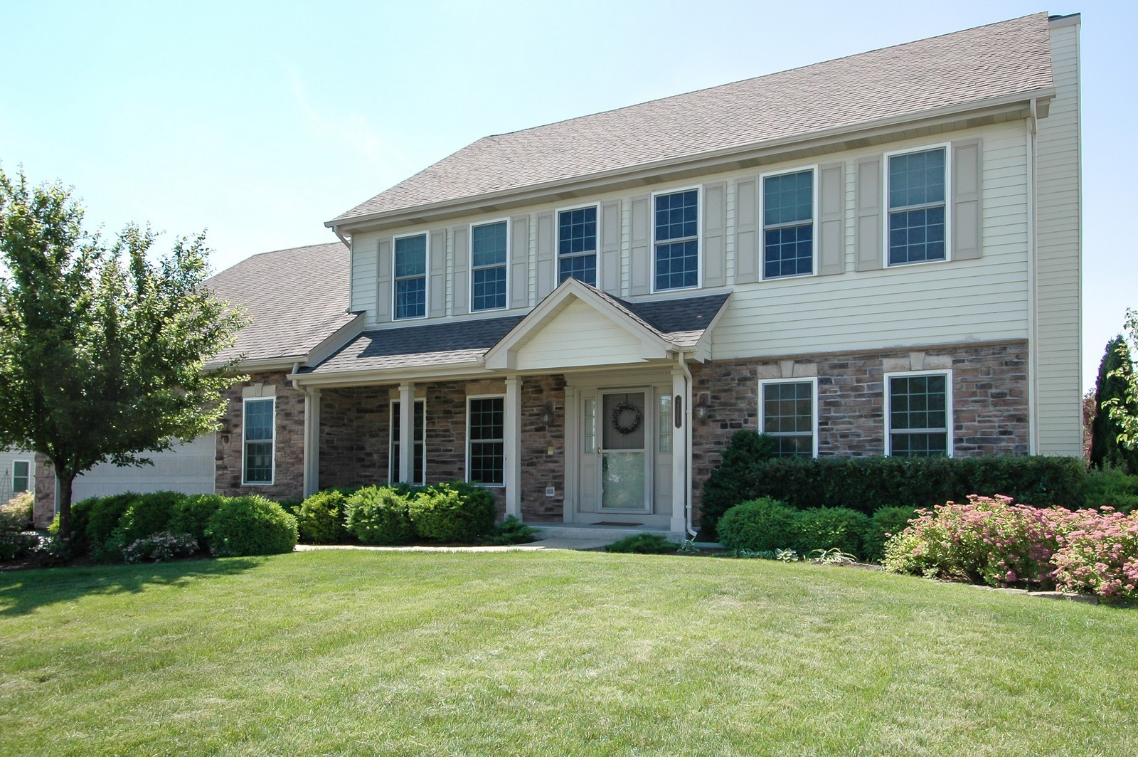 Real Estate Photography - 3521 Buckboard Dr, Algonquin, IL, 60102 - Front View