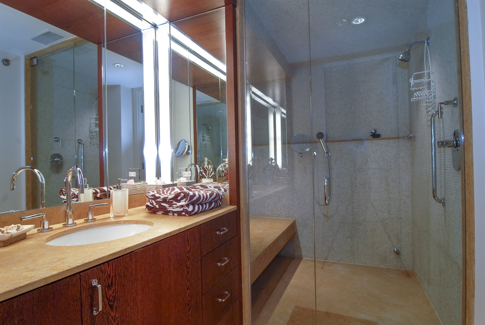 Real Estate Photography - 161 E Chicago, Unit 60M3, Chicago, IL, 60611 - Bath
