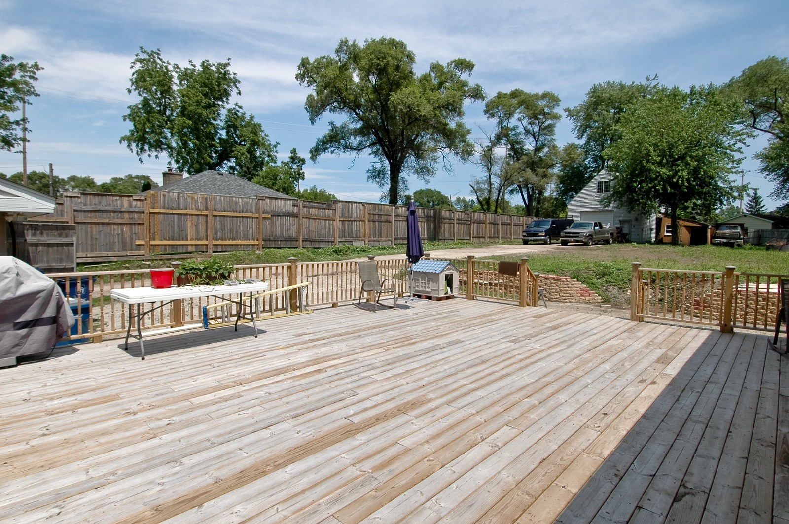 Real Estate Photography - 10N875 Belmont St, Elgin, IL, 60120 - Deck
