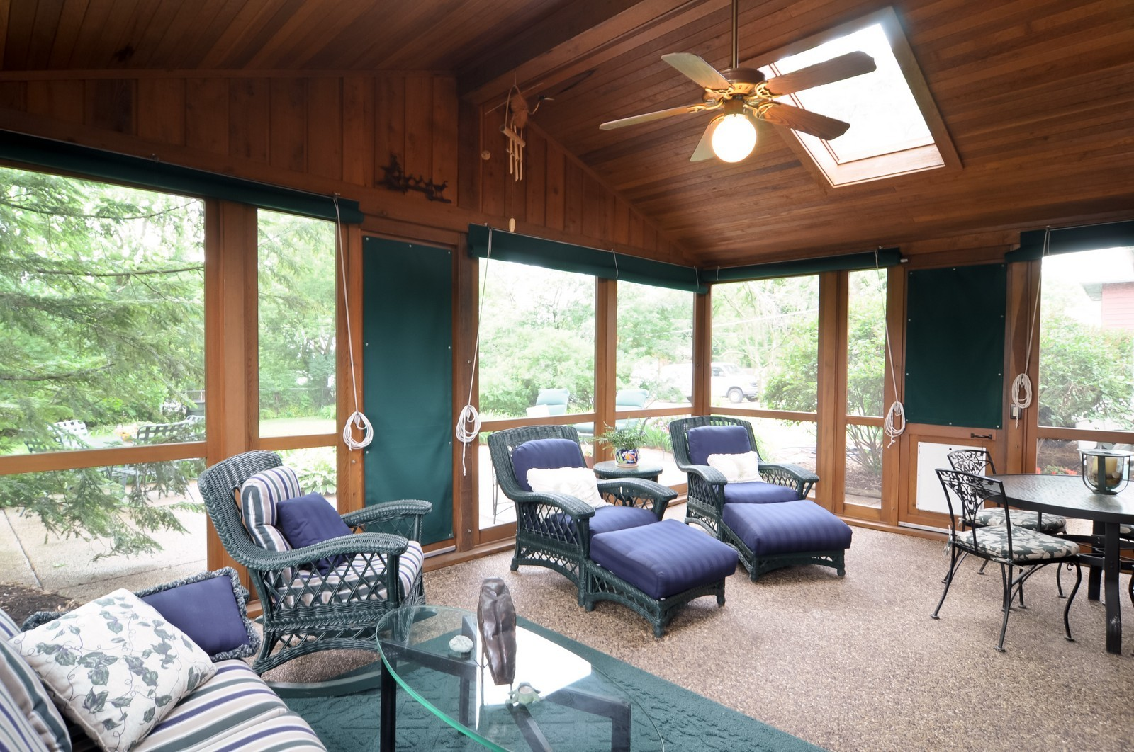 Real Estate Photography - 906 S Cook St, Barrington, IL, 60010 - Sun Room