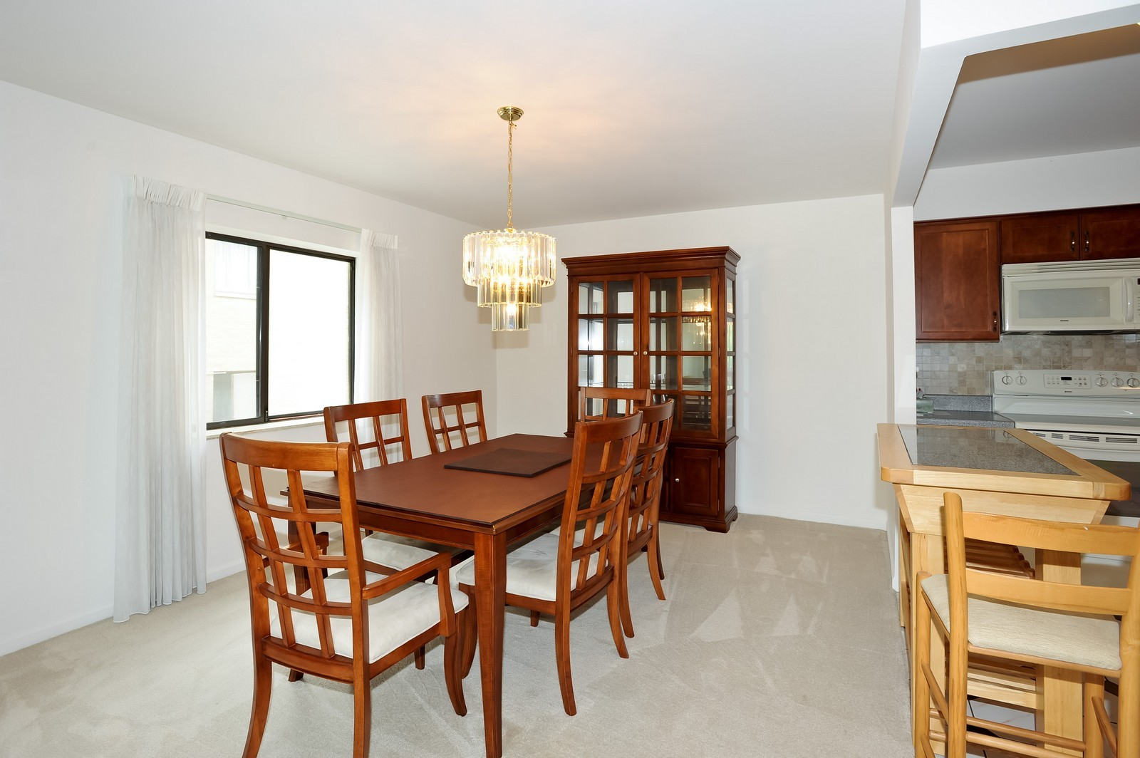 Real Estate Photography - 1105 N Mill St, Unit 217, Naperville, IL, 60563 - Dining Area
