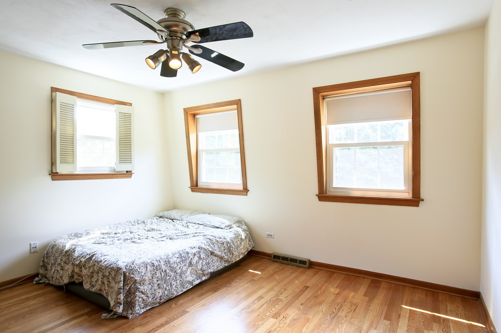 Real Estate Photography - 720 61st St, Downers Grove, IL, 60516 - 2nd Bedroom