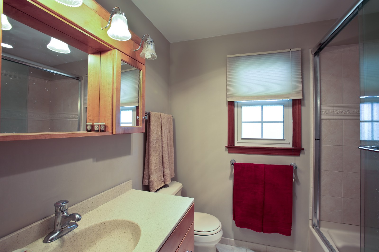 Real Estate Photography - 720 61st St, Downers Grove, IL, 60516 - Bathroom