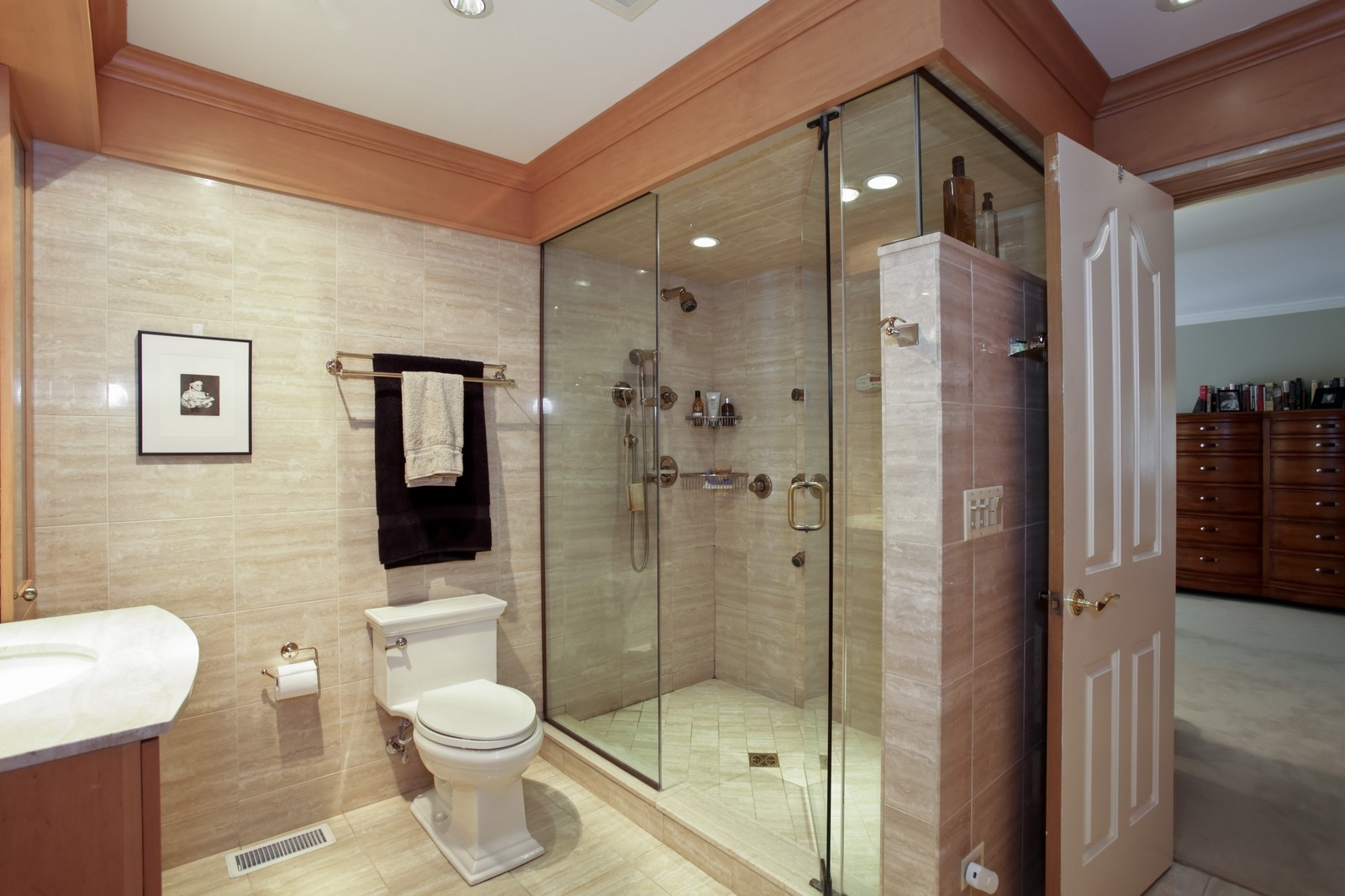 Real Estate Photography - 25W445 Plamondon Rd, Wheaton, IL, 60189 - Master Bath - His