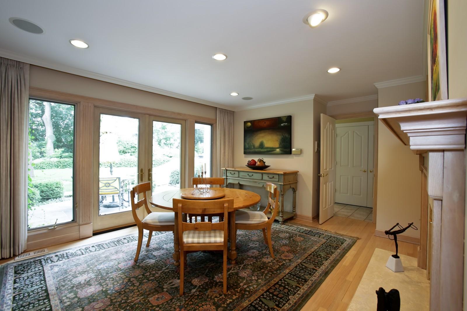 Real Estate Photography - 25W445 Plamondon Rd, Wheaton, IL, 60189 - Breakfast Room