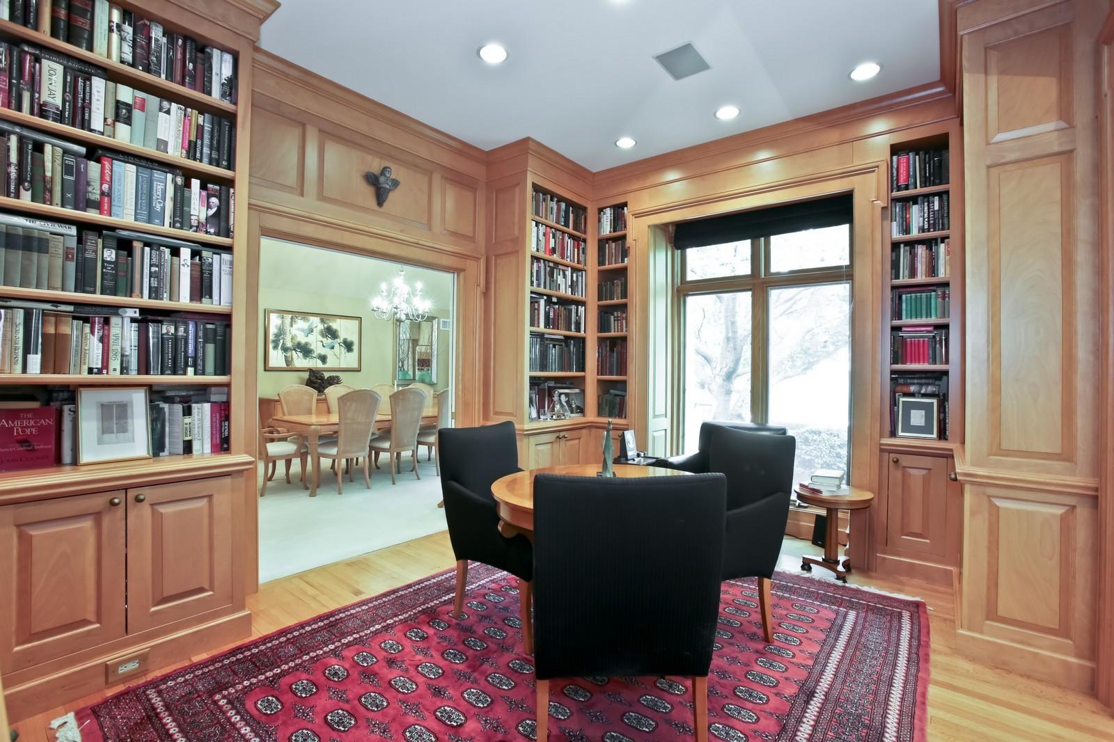 Real Estate Photography - 25W445 Plamondon Rd, Wheaton, IL, 60189 - Library