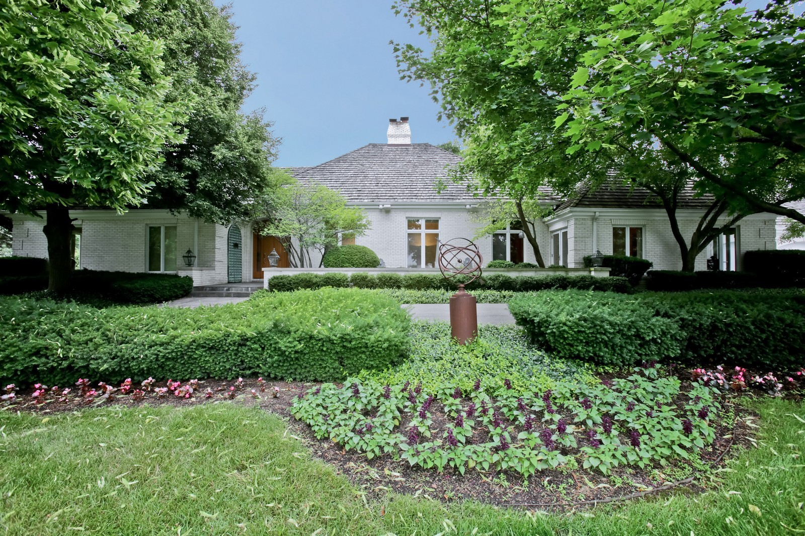 Real Estate Photography - 25W445 Plamondon Rd, Wheaton, IL, 60189 - Front View