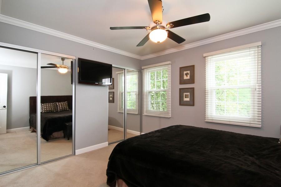 Real Estate Photography - 20W431 Havens Ct, Downers Grove, IL, 60516 - 2nd Bedroom