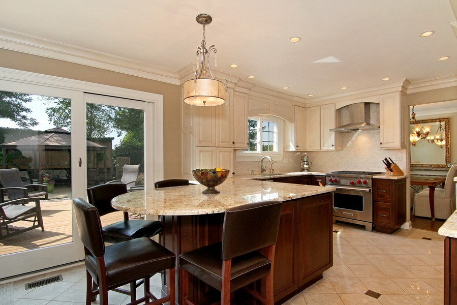 Real Estate Photography - 20W431 Havens Ct, Downers Grove, IL, 60516 - Breakfast Area