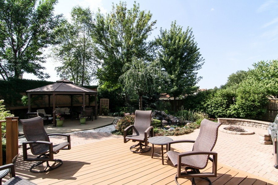 Real Estate Photography - 20W431 Havens Ct, Downers Grove, IL, 60516 - Patio