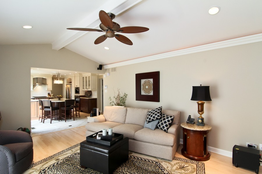 Real Estate Photography - 20W431 Havens Ct, Downers Grove, IL, 60516 - Family Room / Kitchen