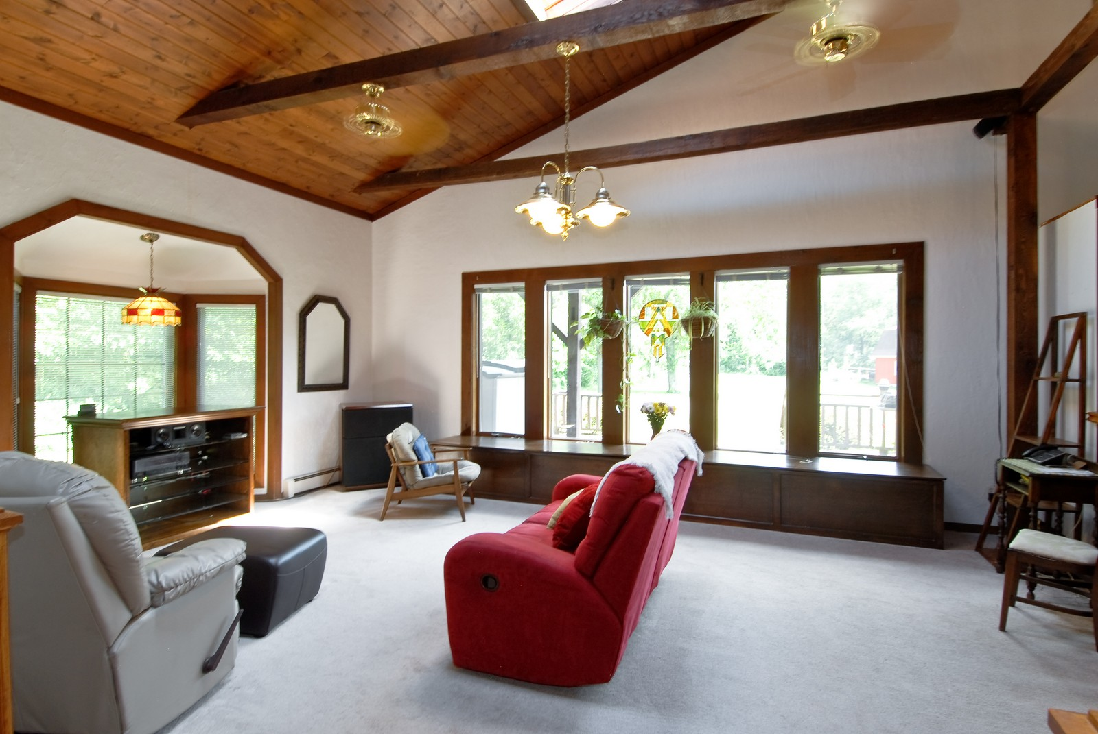 Real Estate Photography - 94 Pletcher Dr, Yorkville, IL, 60560 - Family Room