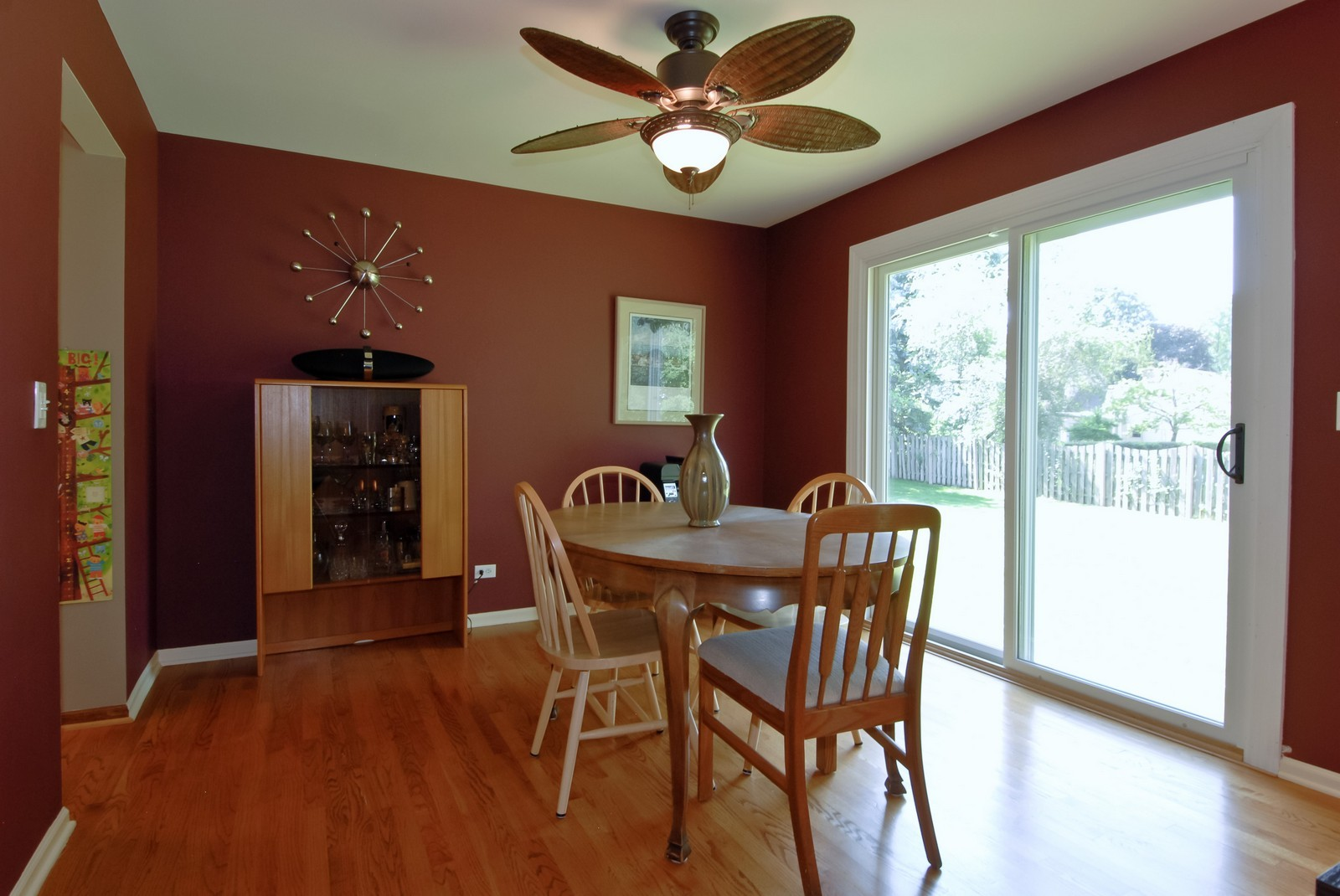 Real Estate Photography - 256 Canidae Ct, St Charles, IL, 60174 - Dining Room