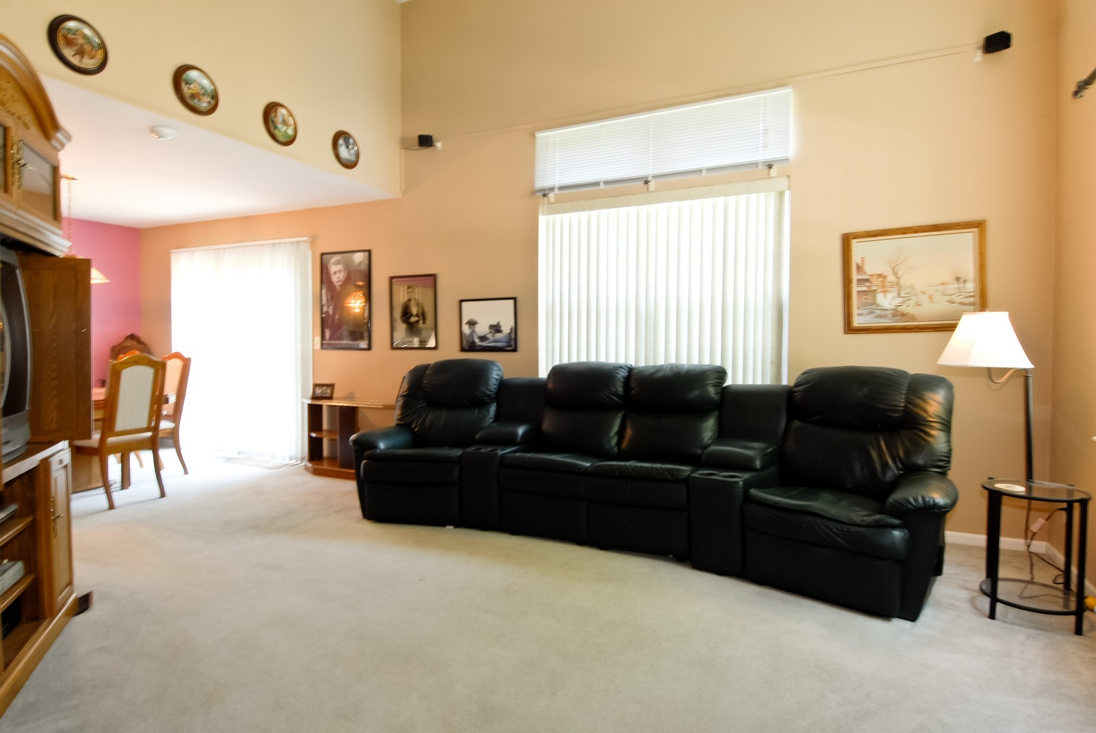 Real Estate Photography - 1616 Abington Ln, North Aurora, IL, 60542 - Living Room / Dining Room