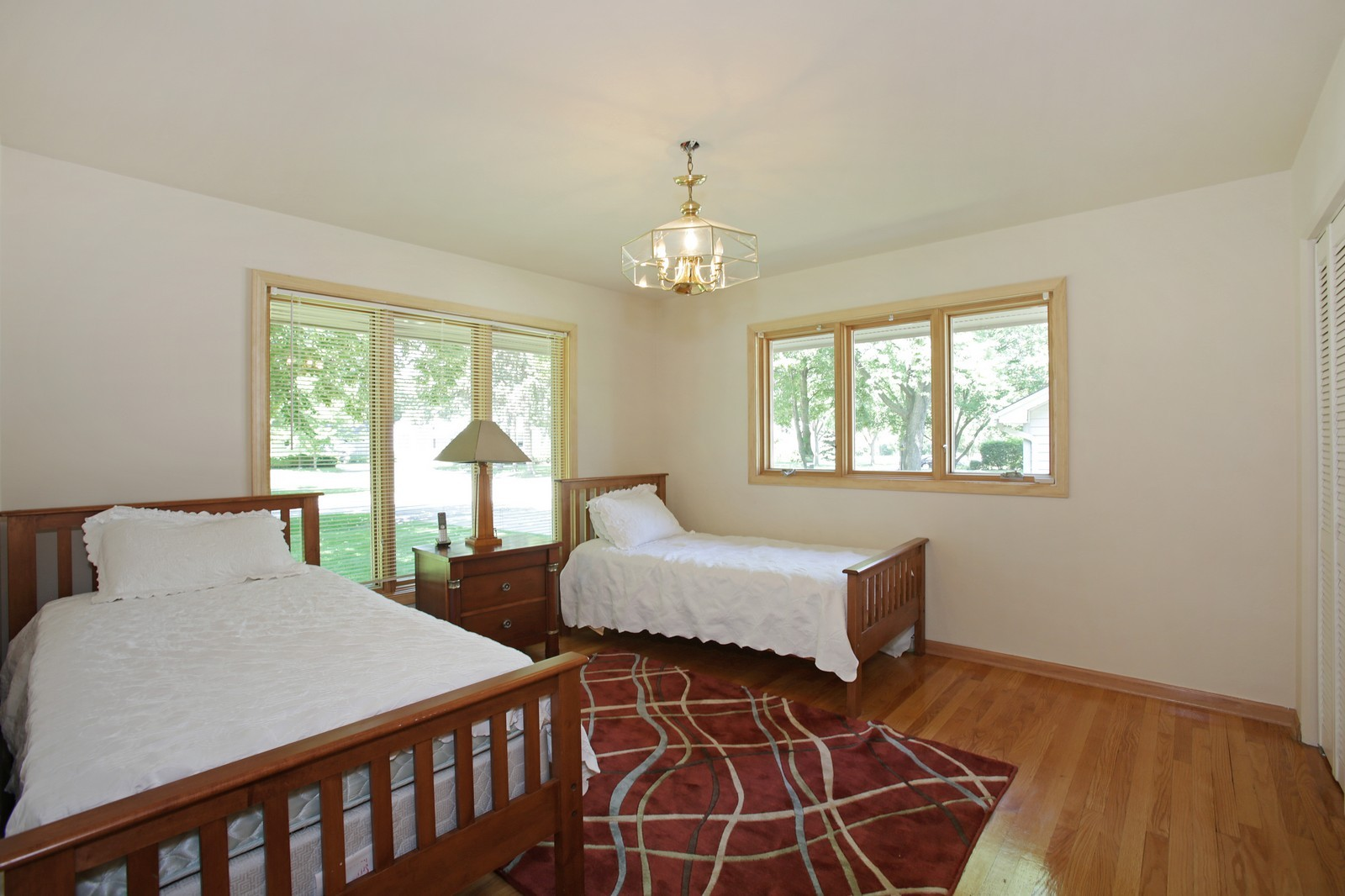 Real Estate Photography - 4107 Washington St, Downers Grove, IL, 60515 - Bedroom