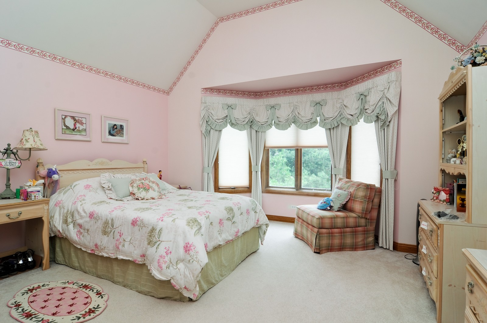 Real Estate Photography - 1026 Oakland Dr, Barrington, IL, 60010 - 2nd Bedroom