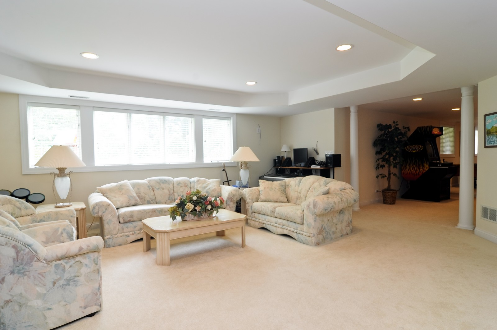 Real Estate Photography - 1026 Oakland Dr, Barrington, IL, 60010 - Lower Level