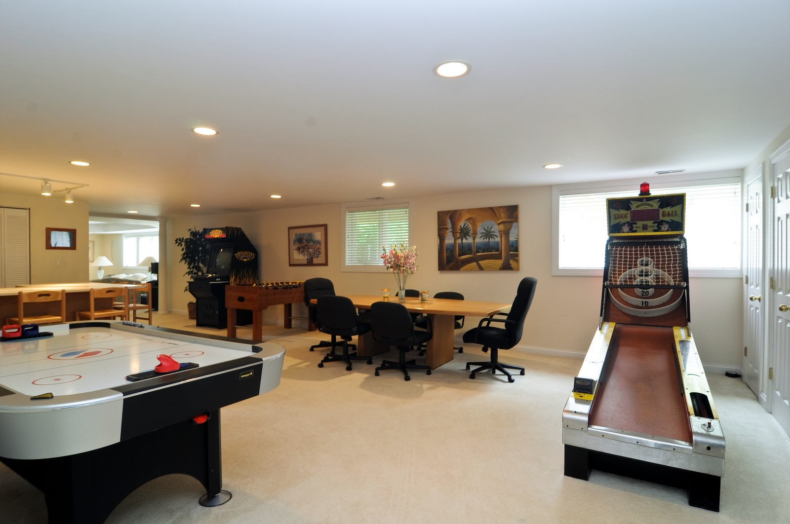 Real Estate Photography - 1026 Oakland Dr, Barrington, IL, 60010 - Recreational Room