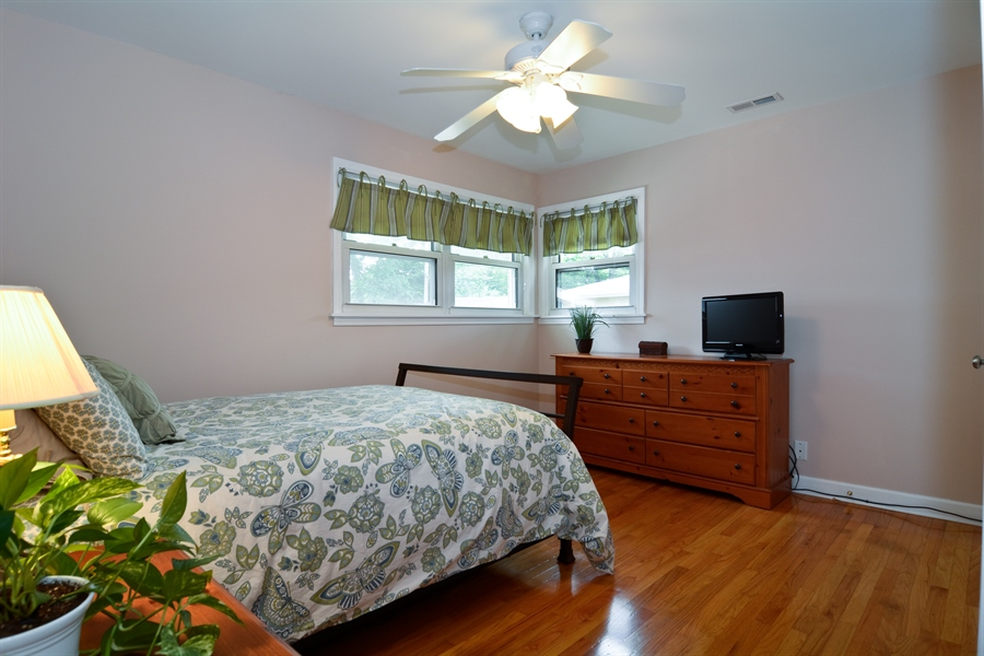 Real Estate Photography - 368 Lorraine St, Glen Ellyn, IL, 60137 - Bedroom Two