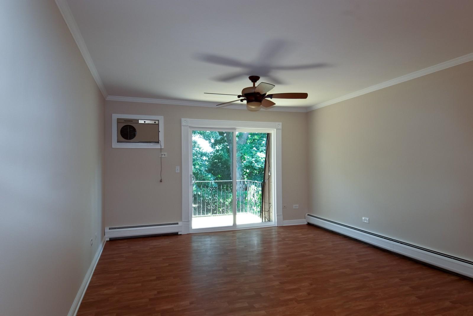 Real Estate Photography - 550 E Main St, Unit 2C, Barrington, IL, 60010 - Living Room