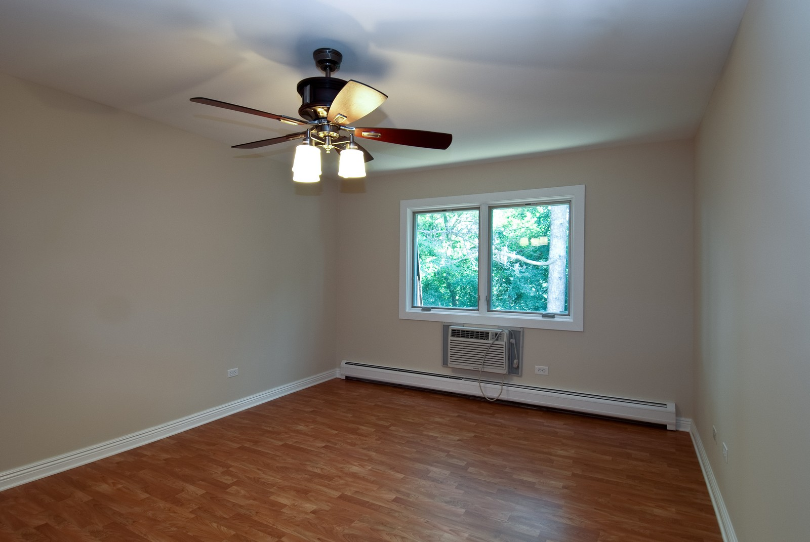 Real Estate Photography - 550 E Main St, Unit 2C, Barrington, IL, 60010 - Master Bedroom
