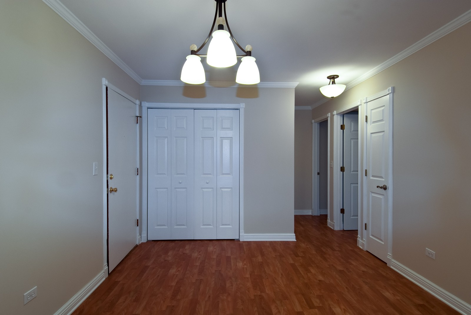 Real Estate Photography - 550 E Main St, Unit 2C, Barrington, IL, 60010 - Dining Room