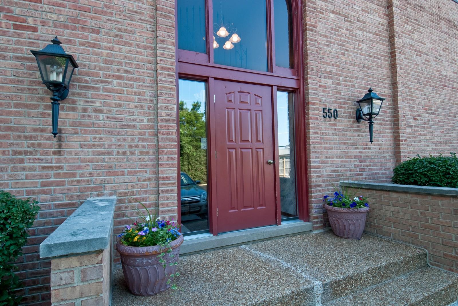 Real Estate Photography - 550 E Main St, Unit 2C, Barrington, IL, 60010 - Front View