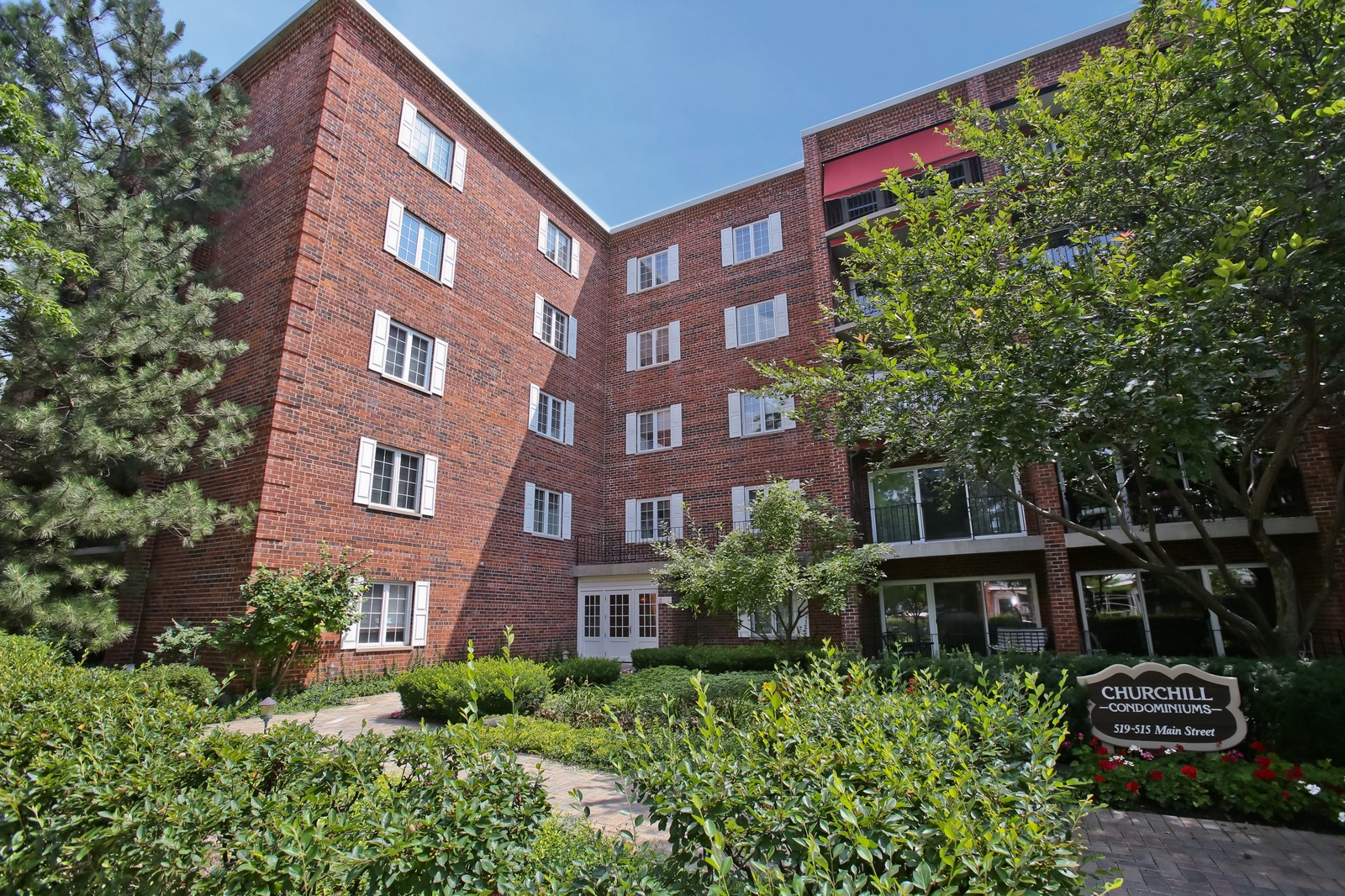 Real Estate Photography - 519 N Main St, Unit 2DN, Glen Ellyn, IL, 60137 - Front View