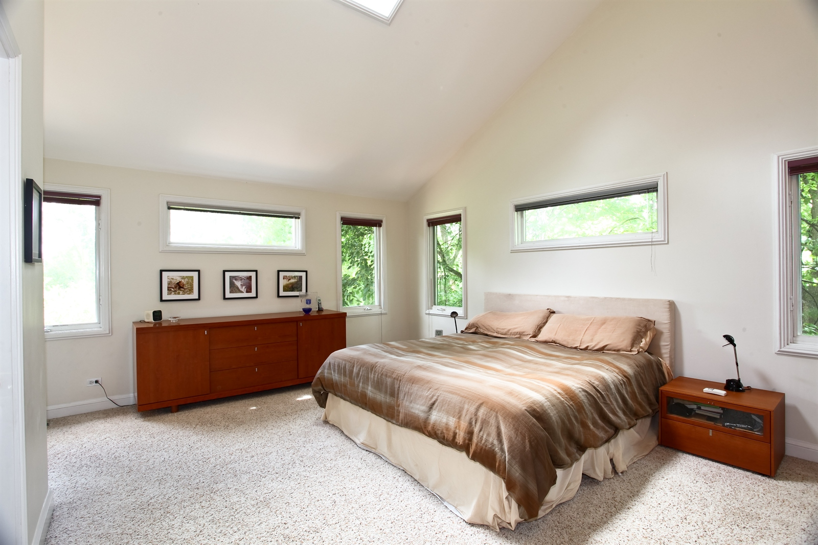 Real Estate Photography - 636 Front St, Lisle, IL, 60532 - Master Bedroom
