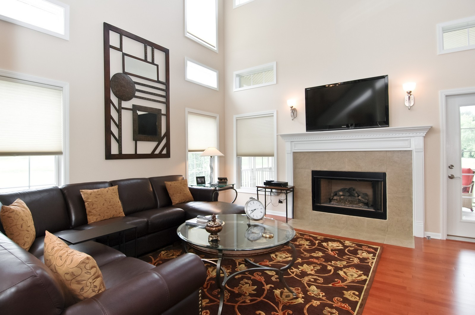 Real Estate Photography - 4435 Coyote Lakes Cir, Lake in the Hills, IL, 60156 - Living Room
