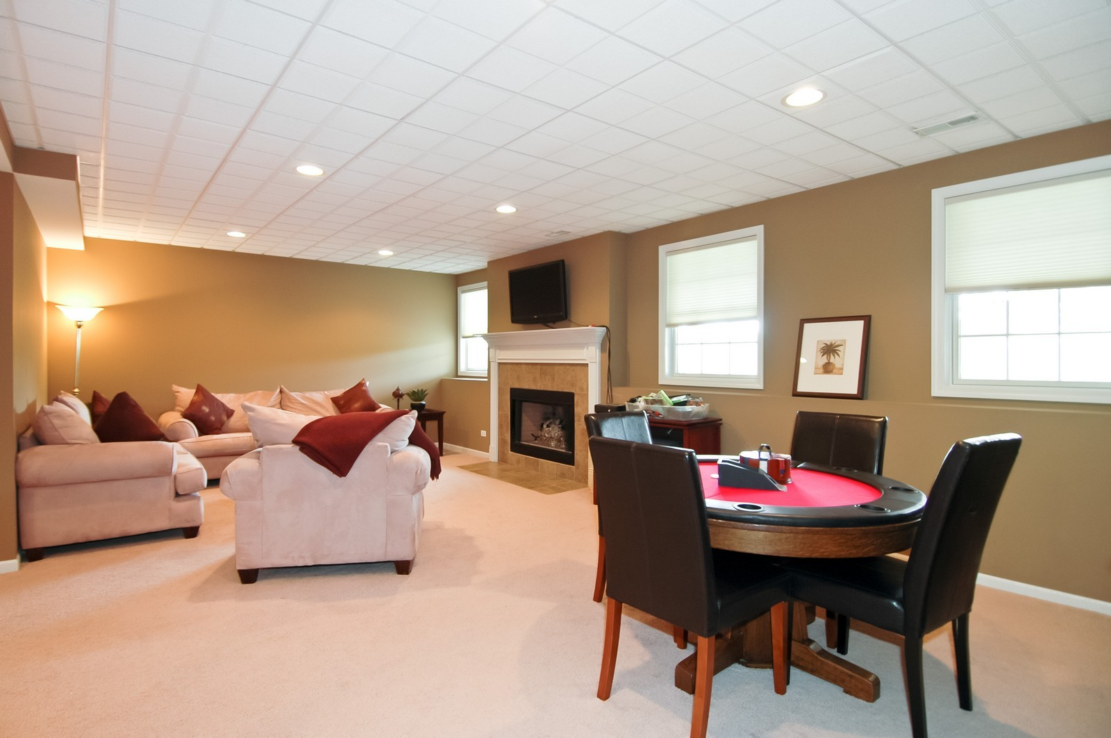 Real Estate Photography - 4435 Coyote Lakes Cir, Lake in the Hills, IL, 60156 - Lower Level
