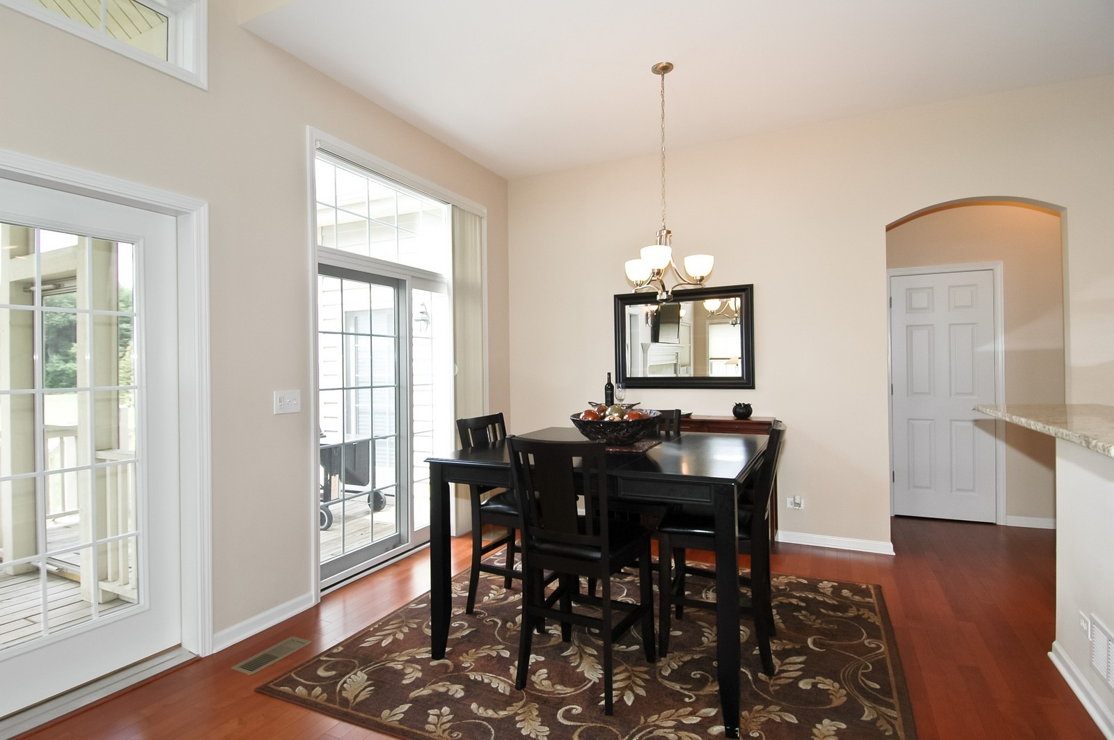 Real Estate Photography - 4435 Coyote Lakes Cir, Lake in the Hills, IL, 60156 - Dining Area