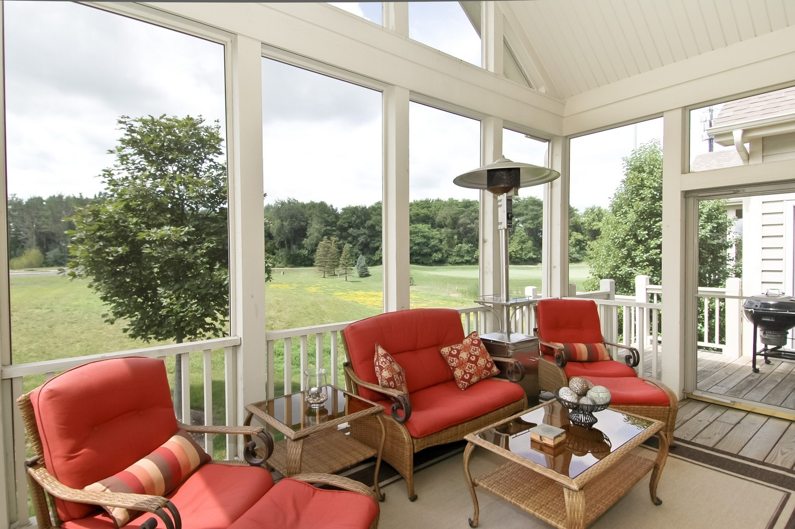 Real Estate Photography - 4435 Coyote Lakes Cir, Lake in the Hills, IL, 60156 - Porch