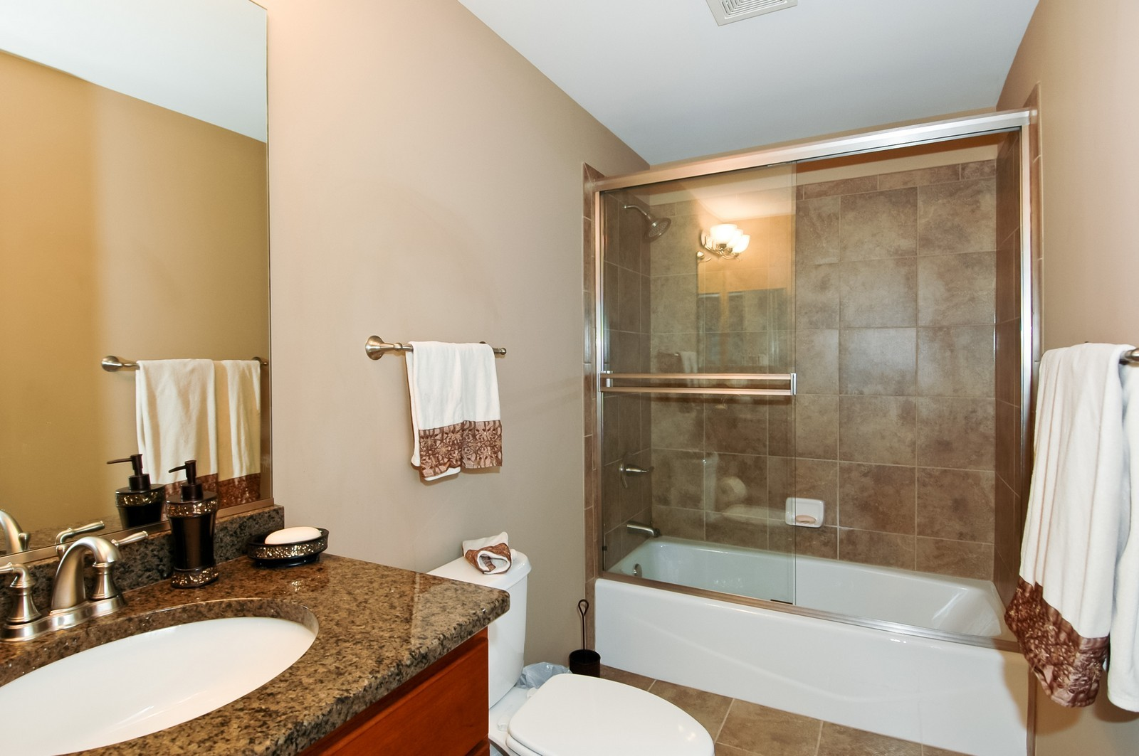 Real Estate Photography - 4435 Coyote Lakes Cir, Lake in the Hills, IL, 60156 - Bathroom